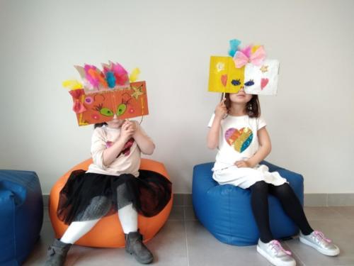 Création de masques à la bibliothèque Li Campaneto